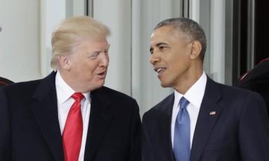 Michelle Obama, Melania Trump, Donald Trump e Barack Obama se reúnem na Casa Branca antes de cerimônia para marcar sucessão do poder Foto: Evan Vucci / AP
