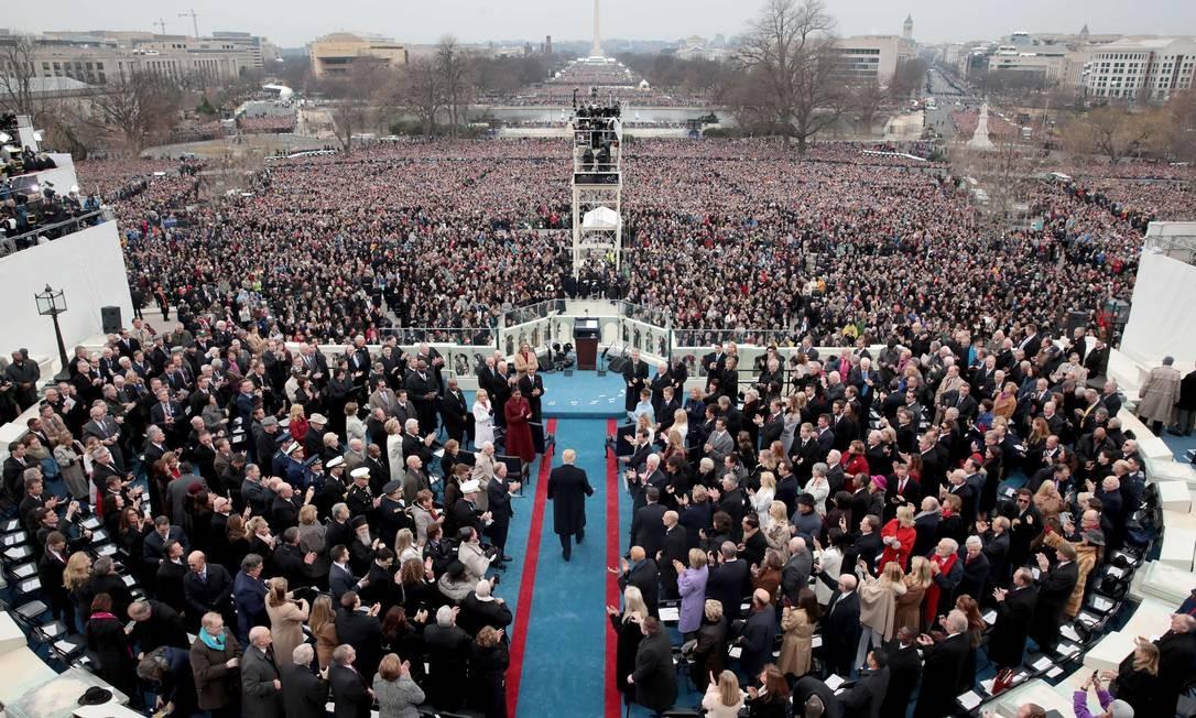 O presidente Donald Trump antes de fazer seu discurso na cerimônia de posse, no Capitólio, em Washington Foto: SCOTT OLSON / AFP
