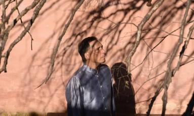 """Apesar de afirmar que recebe cópias dos trabalhos acadêmicos com alegria, Arnaldo Antunes diz """"não se sentir confortável"""" para avaliá-los Foto: Marcia Xavier/Divulgação"""