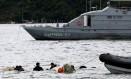 Marinha retira do mar o avião que caiu com o ministro Teori Zavascki Foto: Bruno Kelly / Reuters / 20-1-2017