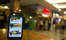 """Mais rápido. Praça de alimentação do BarraShopping: """"app"""" garante pedido de refeições com horário de retirada no balcão Foto: Barbara Lopes / Agência O Globo"""