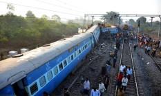 Trem descarrilou no sul da Índia, na região de Kunera Foto: STRINGER / AFP
