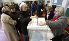Franceses votam para escolher candidato socialista Foto: Claude Paris / AP