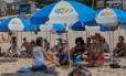 Aula de ioga do Projeto Verão em Ipanema Foto: Marcelo Régua / Agência O Globo