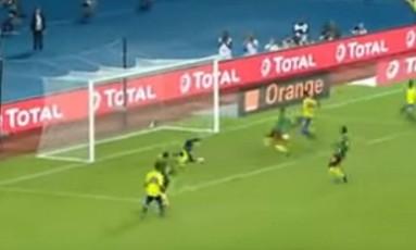 Aubameyang perdeu gol na pequena área Foto: Reprodução