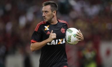 Mancuello, meia do Flamengo, tenta se firmar no time titular de Zé Ricardo em 2017 Foto: Gilvan de Souza / Flamengo
