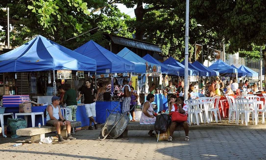 Trabalhadores informais no Rio: quem ganha até três mínimos poderá receber voucher de R$ 600 Foto: Expresso Publicas