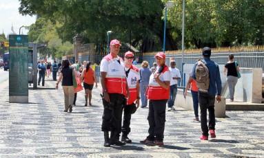 Policiais do Centro Presente fazem patrulhamento próximo à Central Foto: Clarice Castro / Divulgação