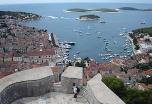A cidade histórica de Dubrovnik, na Croácia Foto: Marcelo Balbio / O Globo