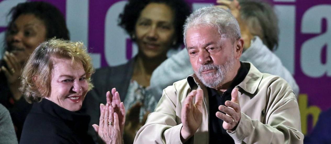 A ex-primeira-dama Marisa Letícia e o ex-presidente Lula Foto: Paulo Whitaker / Reuters