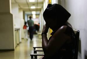Mulher com depressão espera por tratamento em Recife Foto: Hans Von Manteuffel / Agência O Globo