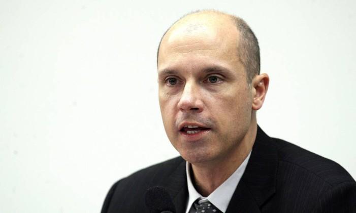 O juiz da 6ª Vara Criminal da Justiça Federal de São Paulo, Fausto De Sanctis, durante depoimento à CPI dos Grampos Foto: Aílton de Freitas/Agência O Globo/12-08-2008
