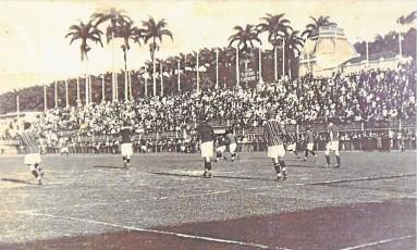 Fla-Flu nas Laranjeiras no Carioca de 1920 Foto: Reprodução de Monica Imbuzeiro
