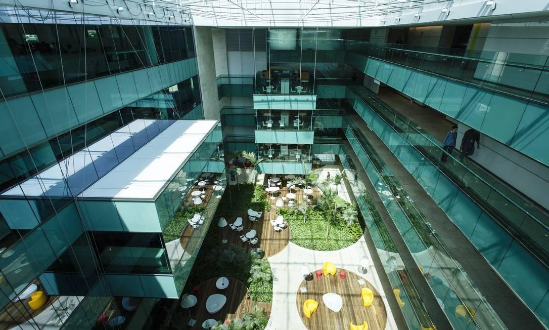 Parte interna da nova sede da Infoglobo Foto: Fernando Lemos / Agência O Globo