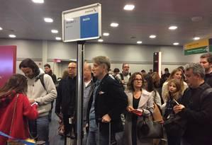 Eike embarcou na classe executiva por volta de meia-noite, horário de Brasília. O voo chega ao Rio na manhã desta segunda-feira Foto: Henrique Gomes Batisa / O GLOBO