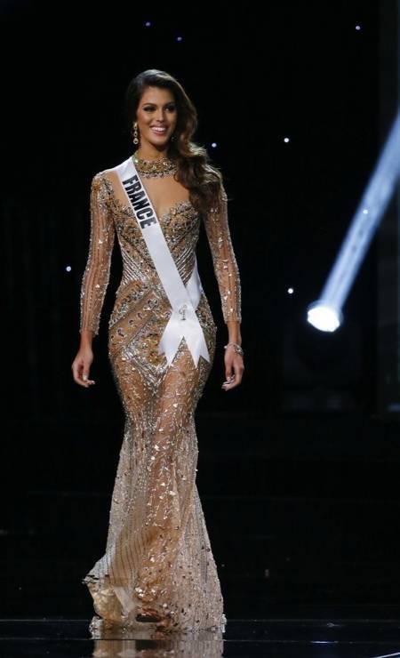 E o miss Universo 2017 foi para a França. Na noite do último domingo, a francesa Iris Mittenaere foi escolhida como a mulher mais linda do mundo no concurso que aconteceu em Manila, nas Filipinas Foto: Bullit Marquez / AP