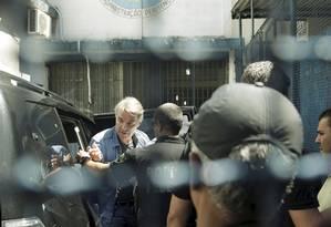 Chegada do empresário Eike Batista ao presídio Ary Franco, em Água Santa. Foto de Gabriel de Paiva/ Agência O Globo
