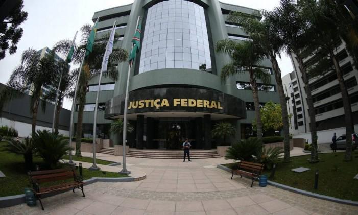 Sede da Justiça Federal em Curitiba Foto: Agência O Globo