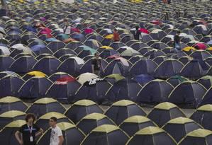 'Campuseiros' ocupam o pavilhão de exposições do Anhembi, em São Paulo, onde ocorre a Campus Party Foto: Edilson Dantas