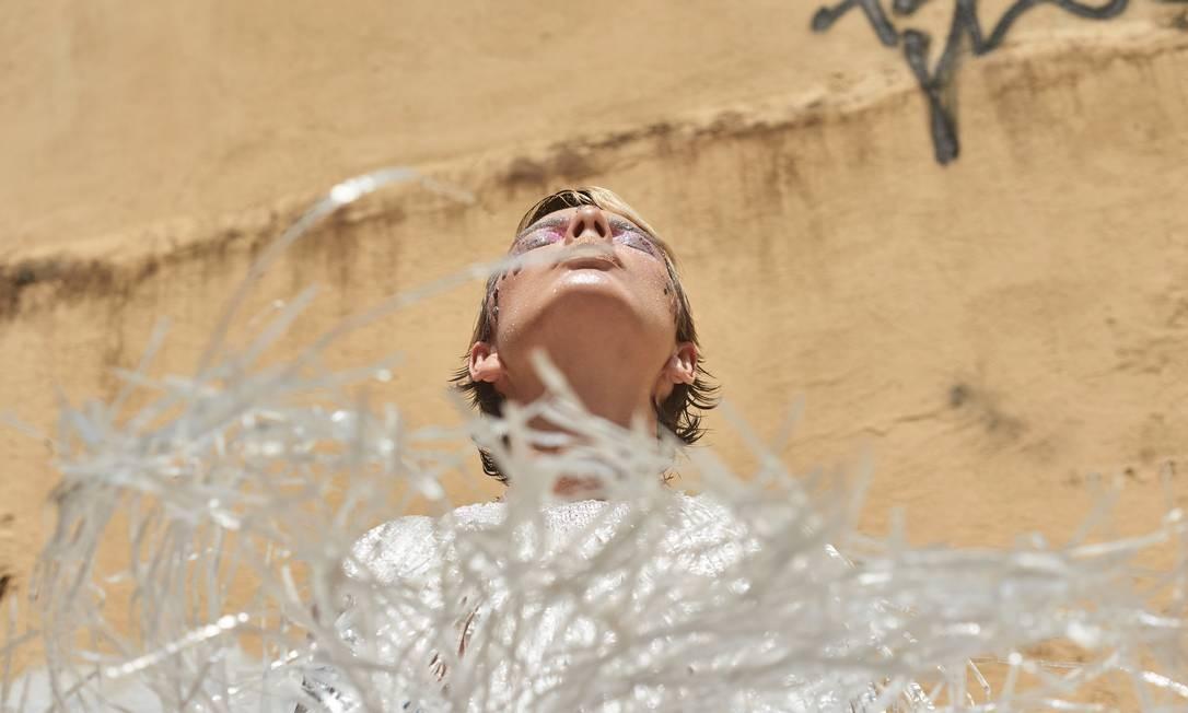 Acumuladora assumina, Mãeana mantém em seu acervo peças para os figurinos de seus shows Foto: Lucas Landau
