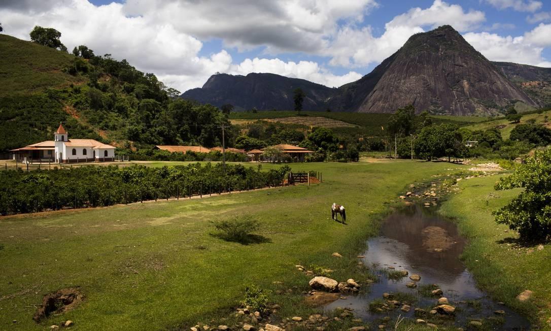 Vista geral da região afetada pela febre amarela no Espírito Santo, perto de Itaguaçu Foto: Mônica Imbuzeiro / O GLOBO