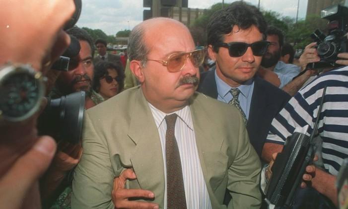 Paulo Cesar Farias chega à Polícia Federal, em Brasília, para prestar depoimento Foto: Edivaldo Ferreira/25-09-92