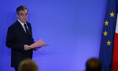 François Fillon chega para pronunciamento sobre escândalo durante campanha presidencial em Paris Foto: BENOIT TESSIER / REUTERS