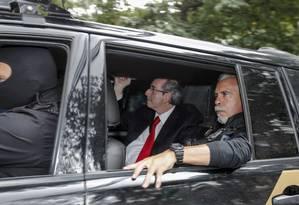 O ex-presidente da Câmara e deputado cassado, Eduardo Cunha (PMDB-RJ), chega para prestar depoimento à Justiça Federal em Curitiba (PR) Foto: Parceiro / Paulo Lisboa/Brazil Photo Press