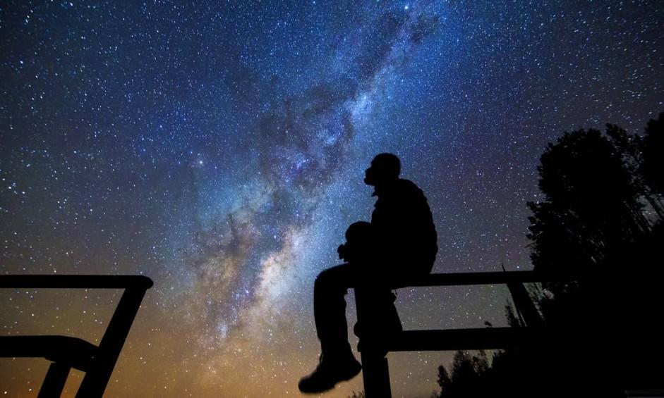 Estrelas vistas do Deserto do Atacama. Combinação de altitude elevada, clima seco e baixa densidade populacional faz do Chile um dos melhores lugares do mundo para o turismo astronômico. Foto: Francisco Negroni / Turismo do Chile/Divulgação