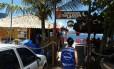 Fiscal do Procon esteve no Quiosque Tia Lúcia, em Camboinhas