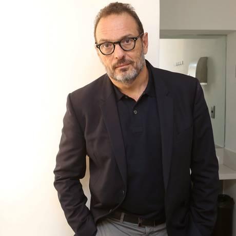 O editor Luiz Schwarcz: primeiro brasileiro a vencer o London Book Lifetime Achievement Award Foto: Marcos Ramos / Agência O Globo