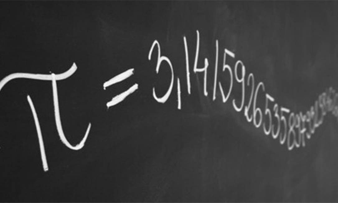 Resultado da divisão do comprimento da circunferência pelo diâmetro de um círculo, pi é um número infinito e irracional Foto: Reprodução