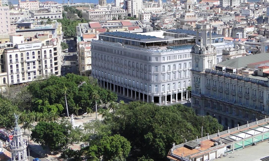 O prédio de cinco pavimentos fica no coração de Habana Vieja, o centro histórico e colonial da capital cubana e área mais popular entre os turistas. Foto: Kempinski Hotels / Divulgação