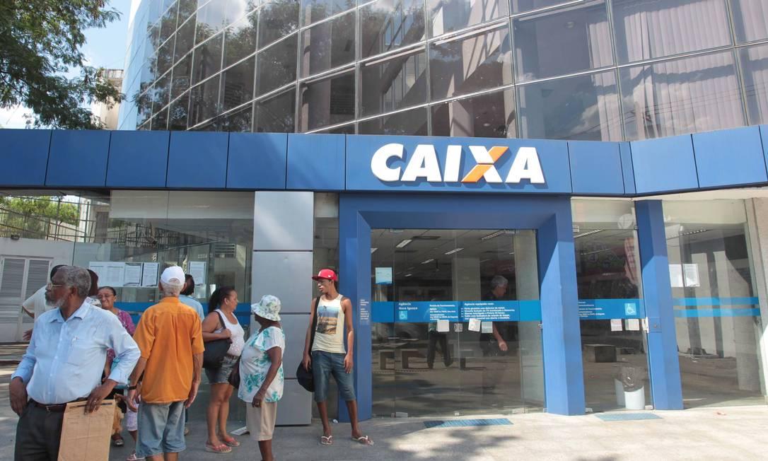 CI Rio de Janeiro ( RJ) 24/01/2014 Fachada da caixa economica federal que foi roubada em Nova Iguaçu . Foto CléberJúnior/ Extra Foto: Cléber Júnior / Agência O Globo