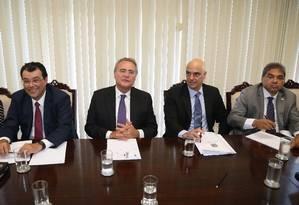 Alexandre de Moraes se reúne com bancada do PMDB no Senado Foto: Ailton de Freitas / Agência O Globo