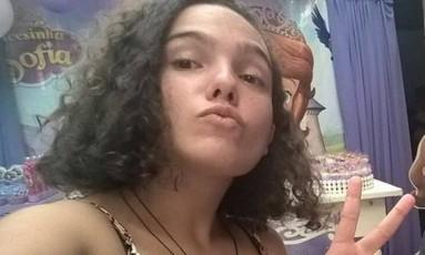 Clara Marques saiu de casa para ir à escola, mas não foi às aulas Foto: Reprodução/Facebook