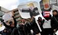 Manifestantes em Washington protestam contra ordens de deportação feitas pelo governo Trump