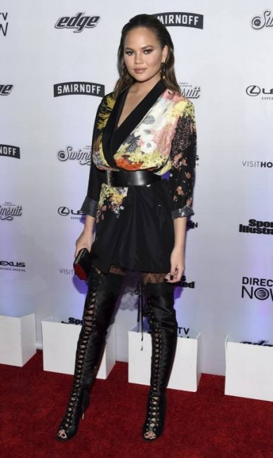 Quem também esteve na festa foi a modelo Chrissy Teigen, habitué das páginas da revista Evan Agostini / Evan Agostini/Invision/AP