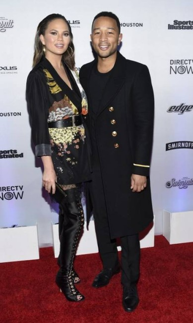 Chrissy Teigen foi acompanhado do marido, o cantor John Legend Evan Agostini / Evan Agostini/Invision/AP
