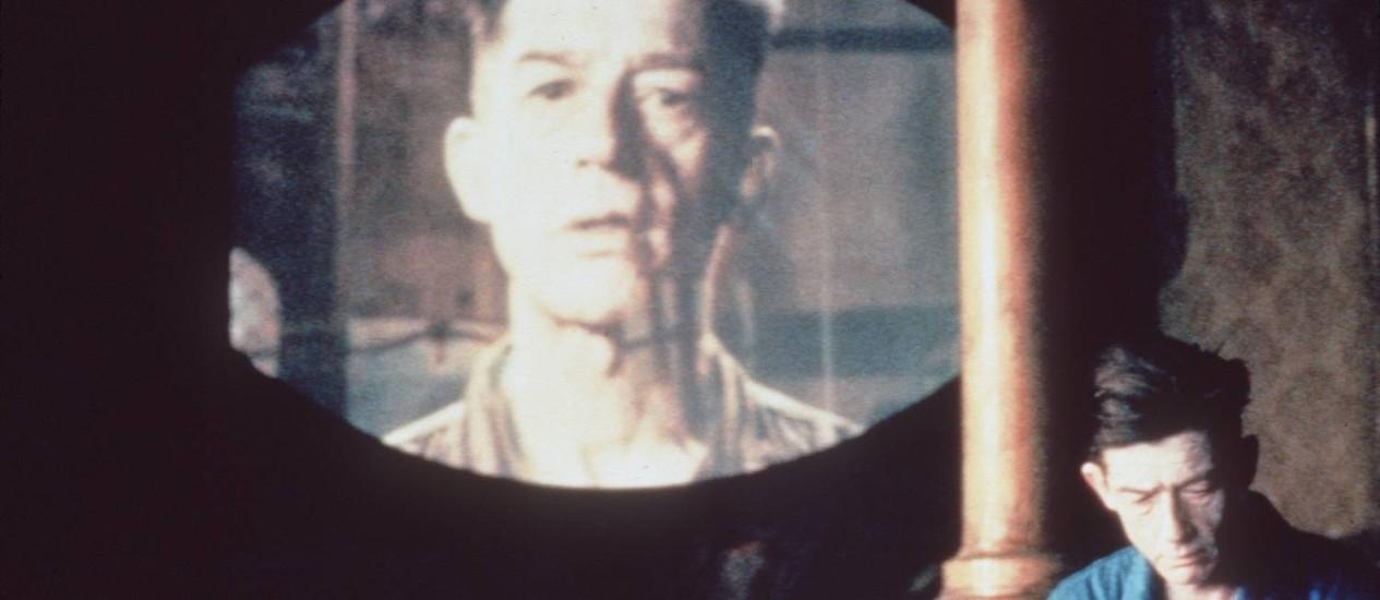 """Cena de """"1984"""", adaptação cinematográfica de Michael Radford para o clássico de George Orwell Foto: Divulgação / Agência O GLOBI"""