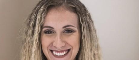 Sereia. Renatha Vivas com penteado frisado Foto: Guito Moreto / Agência O Globo