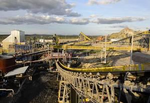 Efeitos. Beneficiamento de diamante na Bahia: cidades ganham empregos, mas sofrem pressão por serviços públicos Foto: Divulgação