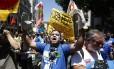 Servidores da Cedae protestam contra aprovação da venda da companhia Foto: Pablo Jacob / O Globo