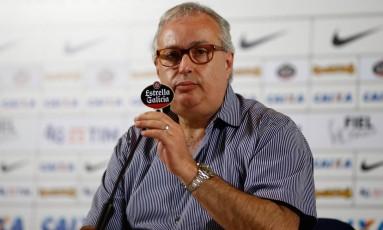 Roberto de Andrade anuncia demissão de Cristóvão Borges Foto: Marcello Zambrana / Agif