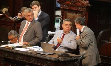 Sessão de votação do projeto de privatização da Cedae na Alerj Foto: Márcio Alves - 20/02/2007 / Agência O Globo