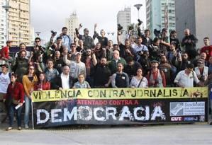 Brasil está entre os dez países mais perigosos para jornalistas Foto: Marcos Alves / Agência O Globo