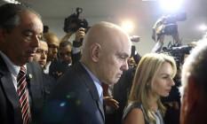 Alexandre de Moraes chega a sabatina acompanhado da mulher, Viviane Foto: Jorge William / Agência O Globo