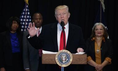 Presidente Donald Trump discursa durante visita ao Museu Nacional da História e da Cultura Afro Americana, em Washington Foto: Evan Vucci / AP