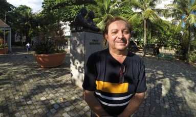 Vicente Telles conta ter se apaixonado pela canção que Roberto Carlos não terminou Foto: Élcio Braga