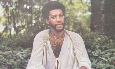 O compositor Chico Evangelista na capa do compaco que lançou em 1982 Foto: Reprodução